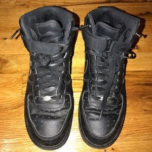 Black Nike Air Force